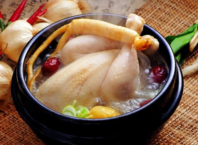 nhân sâm tươi Hàn Quốc loại hầm gà