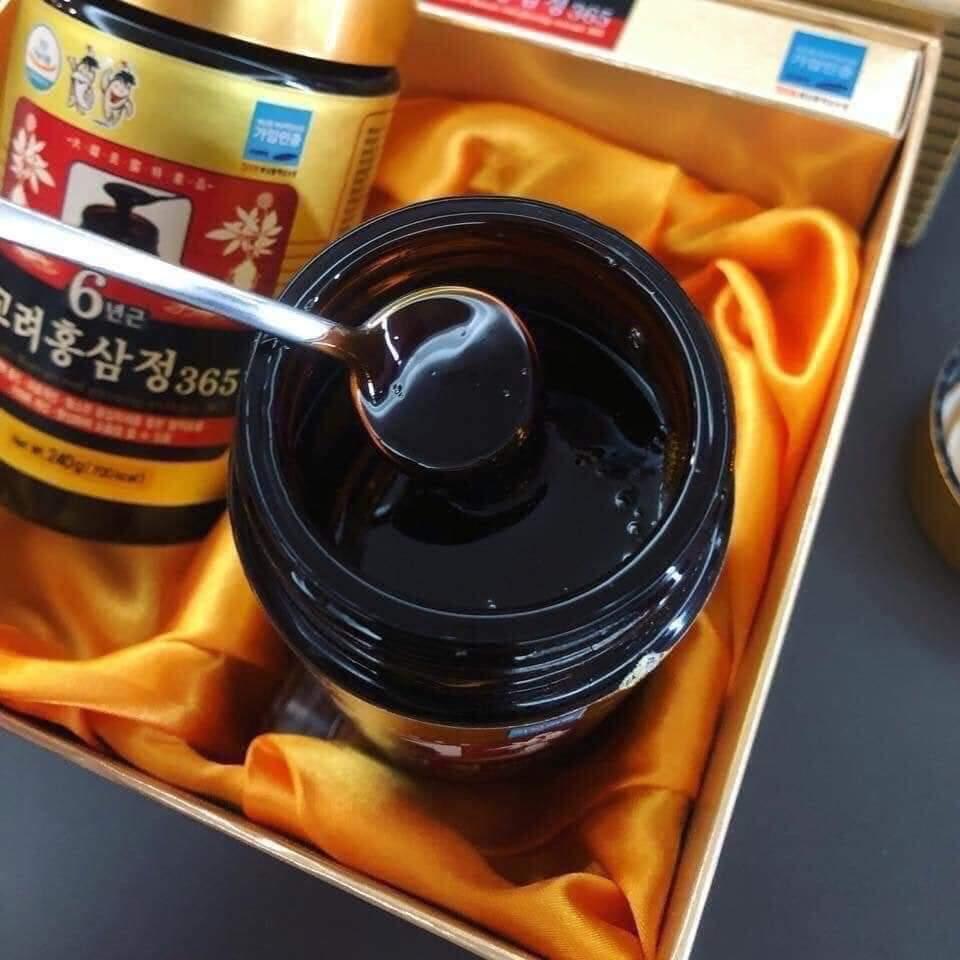 Trẻ em có sử dụng được nước hồng sâm Hàn Quốc không? Cao-sam-han-quoc-365-240g-2-lo